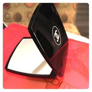 Chanel Dbl Compact Mirror